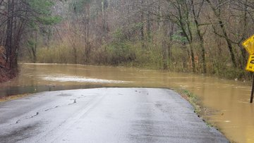 PHOTOS: Flooding across central Alabama causes dangerous travel conditions, forces school system to close Thursday