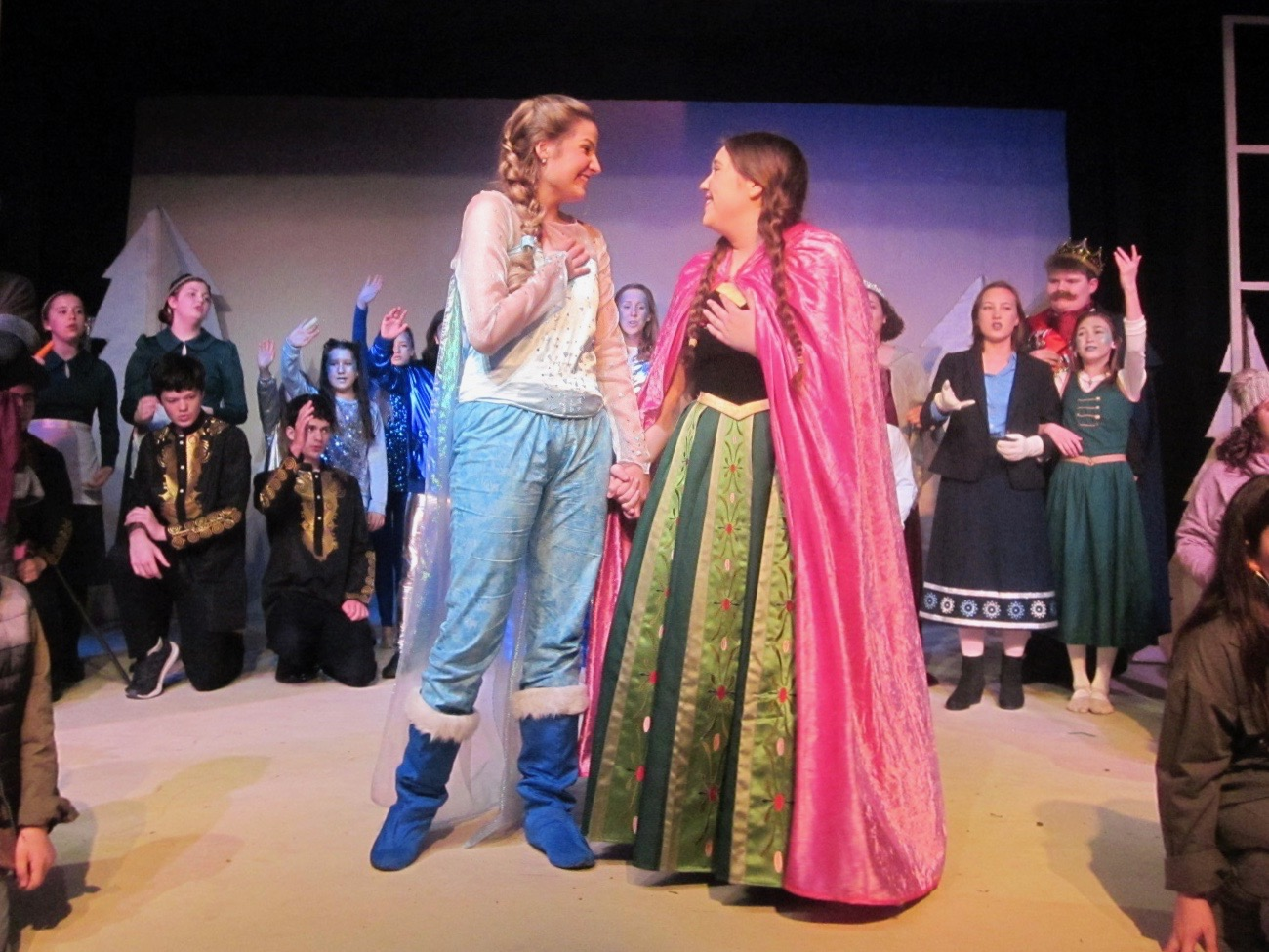 REVIEW: ACTA Theatre wows with 'Frozen Junior'