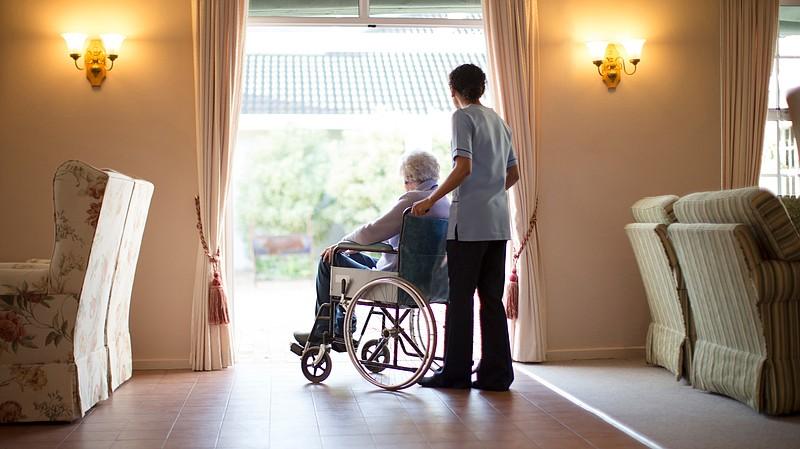 Alabama's Hospitals and Nursing Homes Still Under Federal Mask Requirements