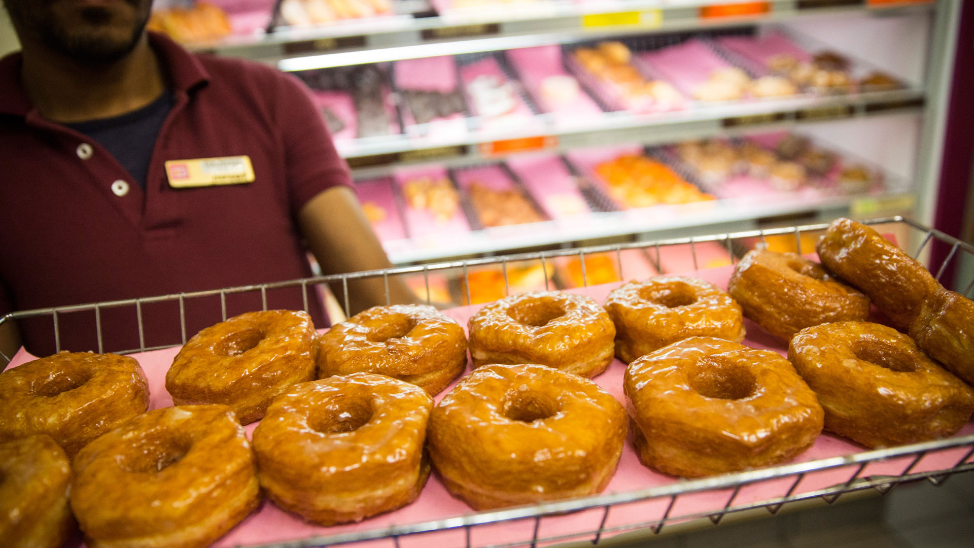 Dunkin' to give out free donuts every Friday this month