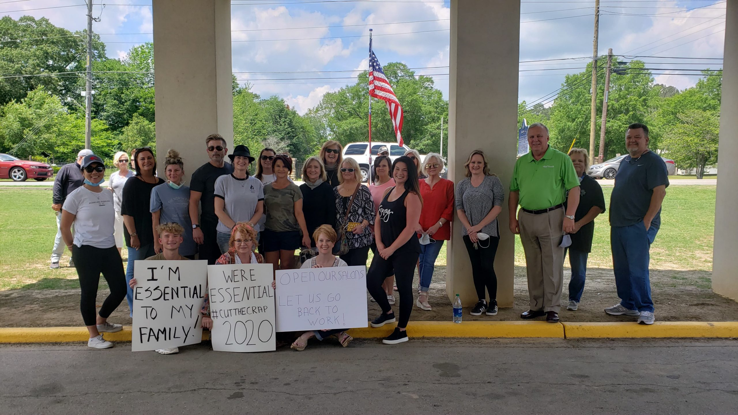 Trussville mayor rallies with small businesses, sends letter to governor