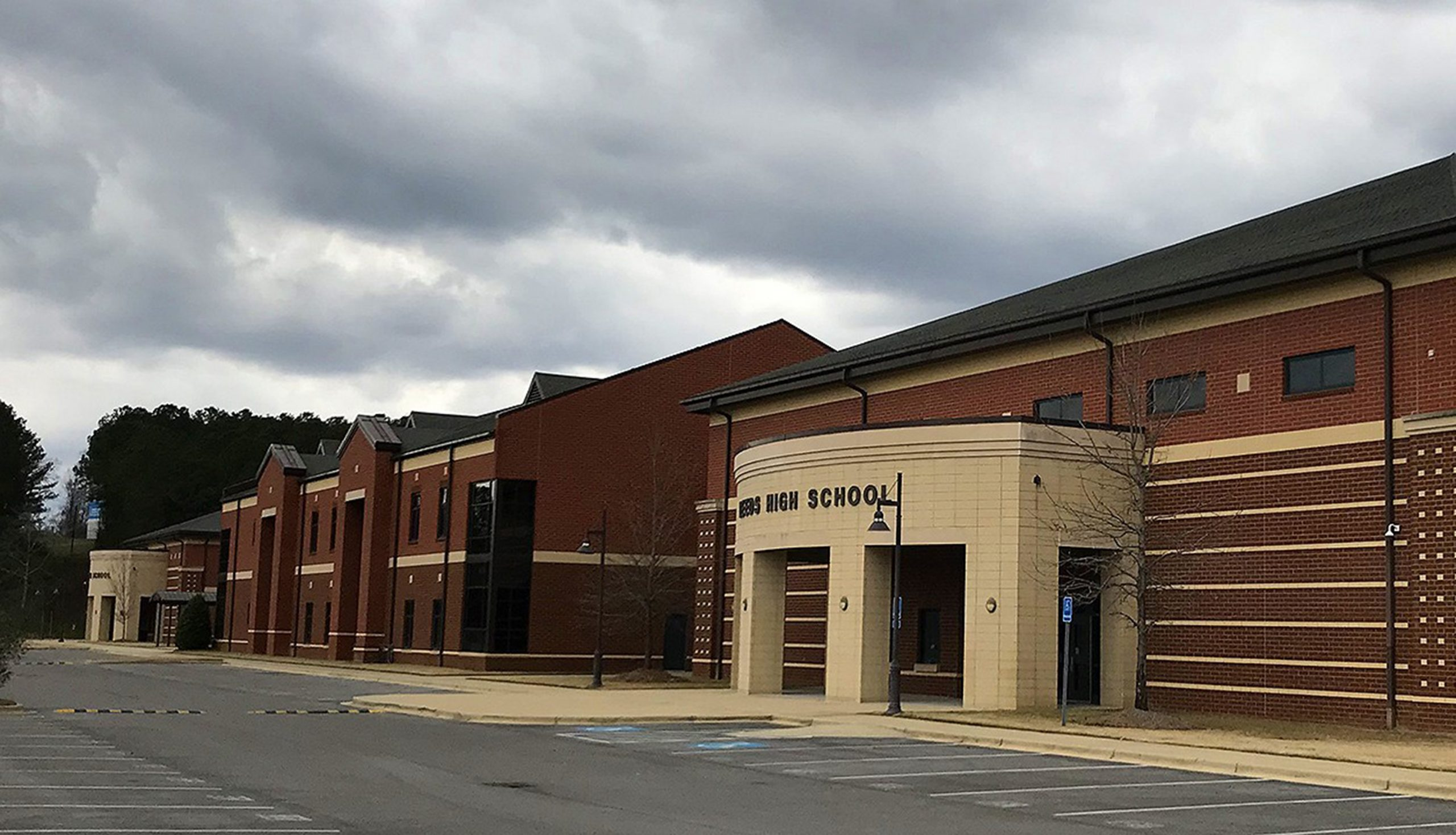 Leeds City Schools reopening this week, grades 6 - 12 will be staggered