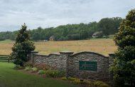 Estate-sized lots for sale in Aradon Farms