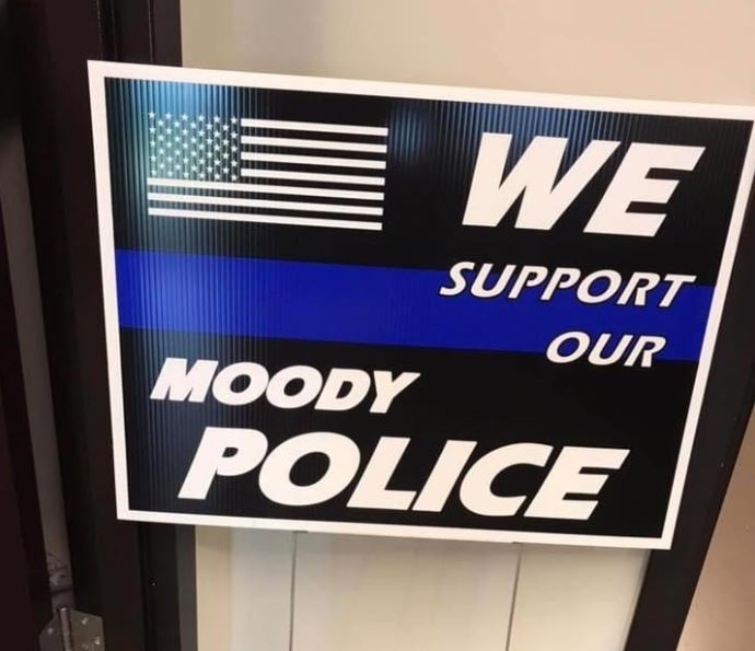 Moody PD presented $3,600 check for memorial in honor of fallen officers