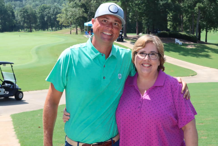 McCarley sinks $10,000 ace at chamber golf tournament