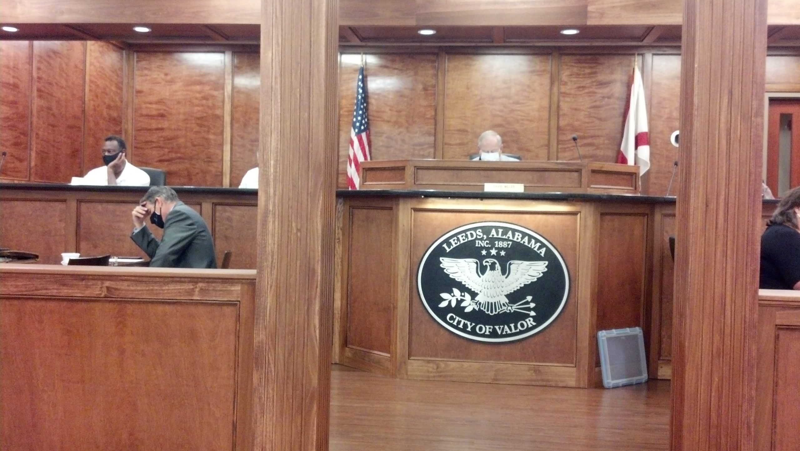 Leeds Council approves tennis courts repairs, severe weather sales tax holiday