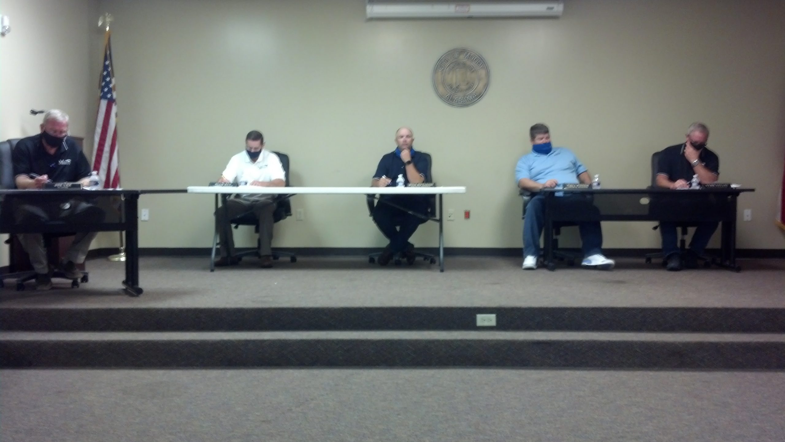 Moody Council approves amendment for nuisance control, hear police, fire reports