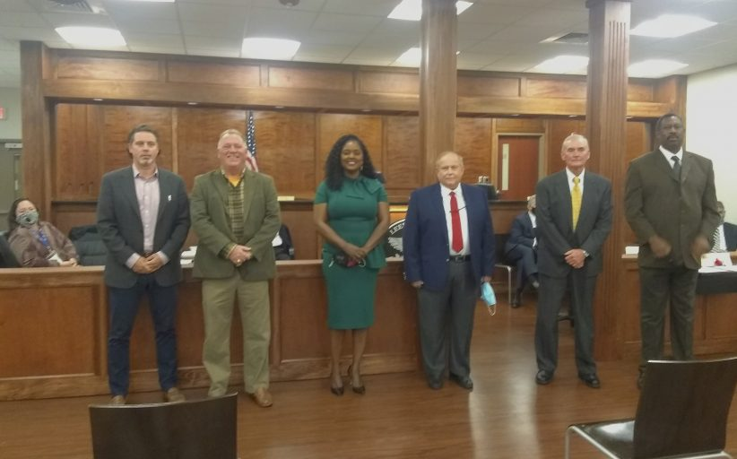 Leeds Council recognizes police officers, announces newly opened district 4 seat