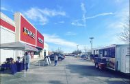 Staples celebrates Small Business Saturday by hosting Trussville businesses