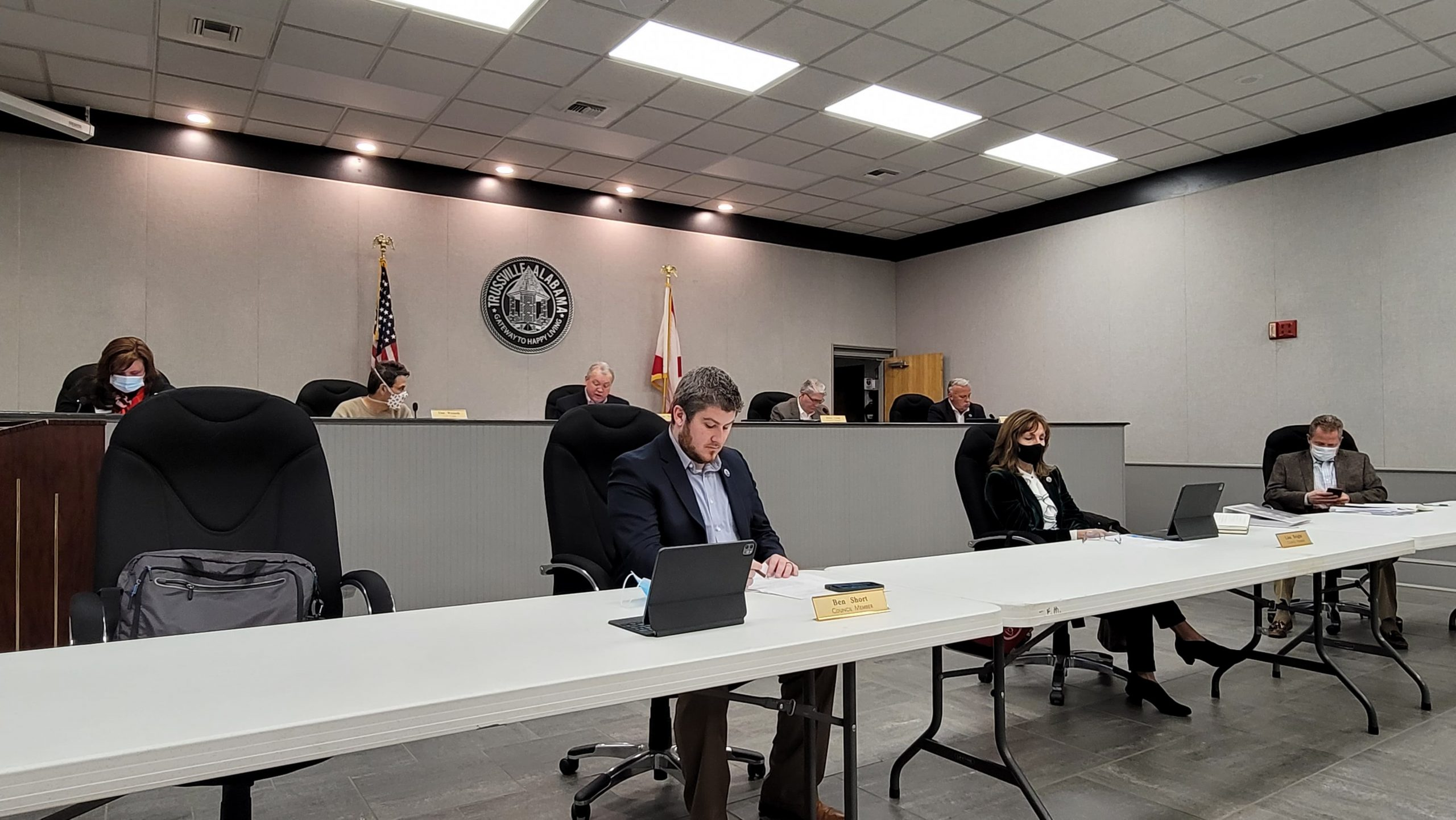 Trussville City Council approves Sunday alcohol brunch sales; honors 2 retirees