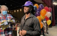 Goodwin inks with LSU during Hewitt-Trussville signing ceremony