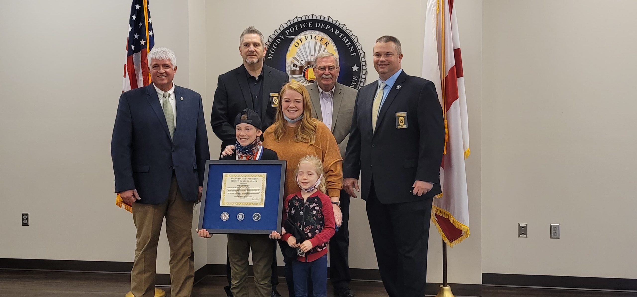 VIDEO: Young boy who saved 5-year-old sister honored in Moody