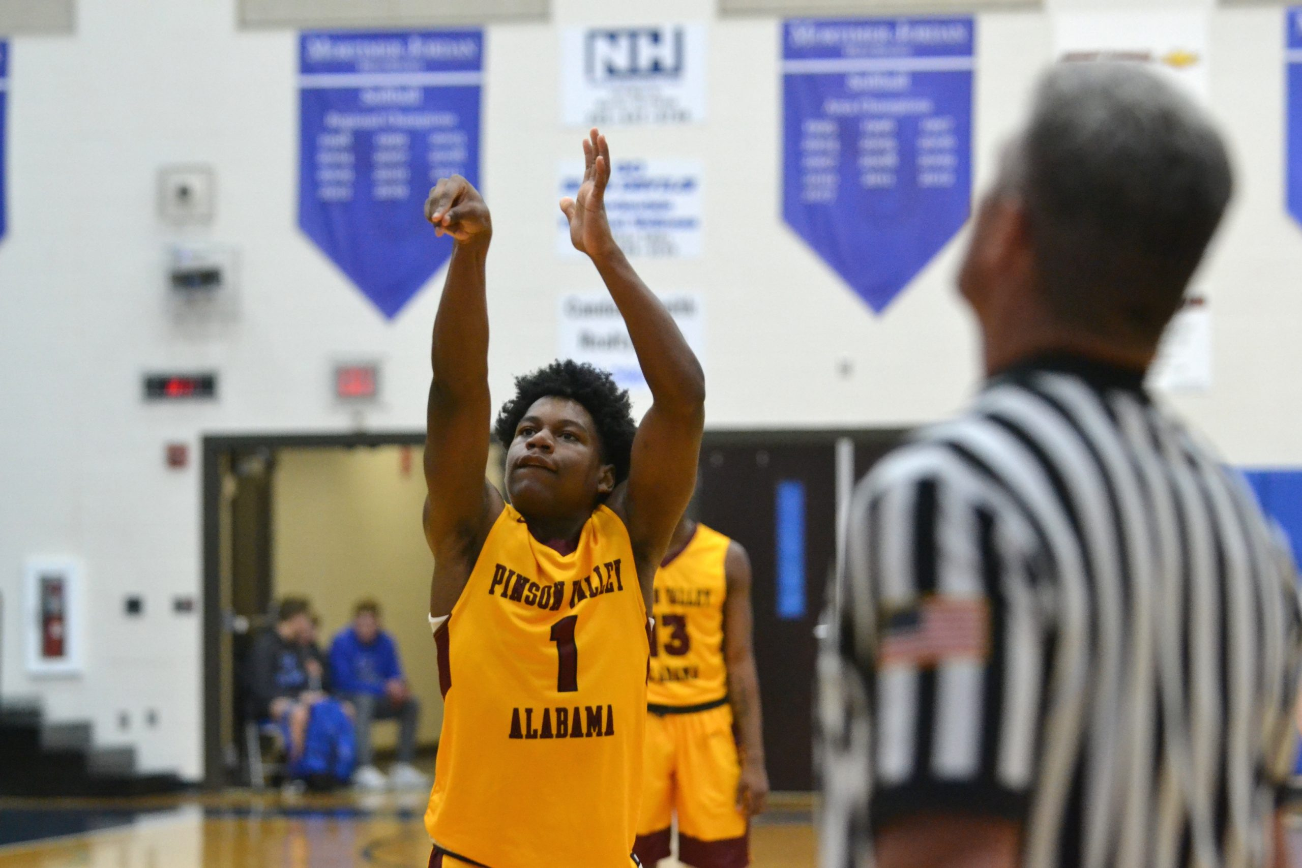 HIGH SCHOOL HOOPS: Moody completes area sweep; Pinson stays red hot