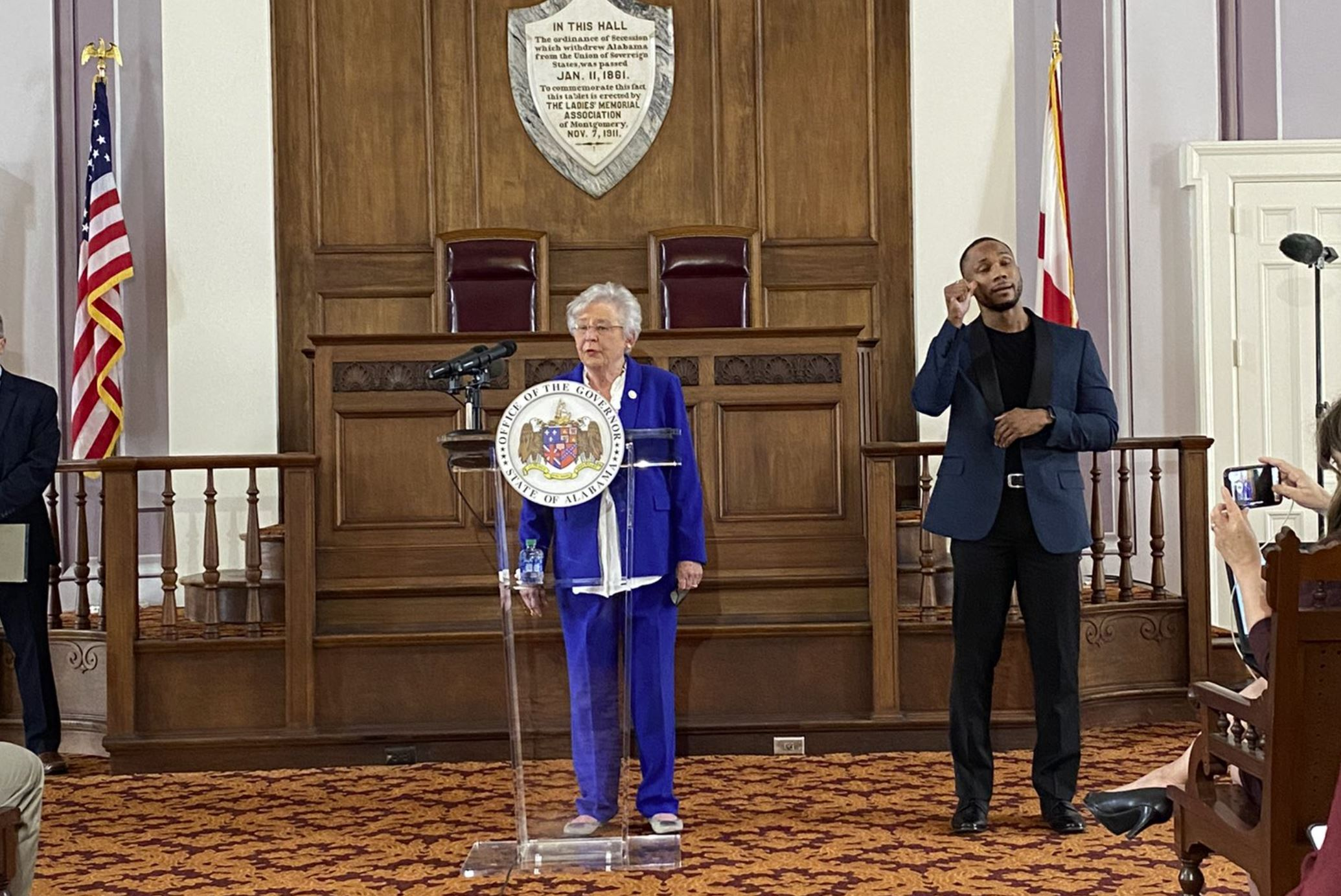 New Safer Apart Order issued by Gov. Kay Ivey