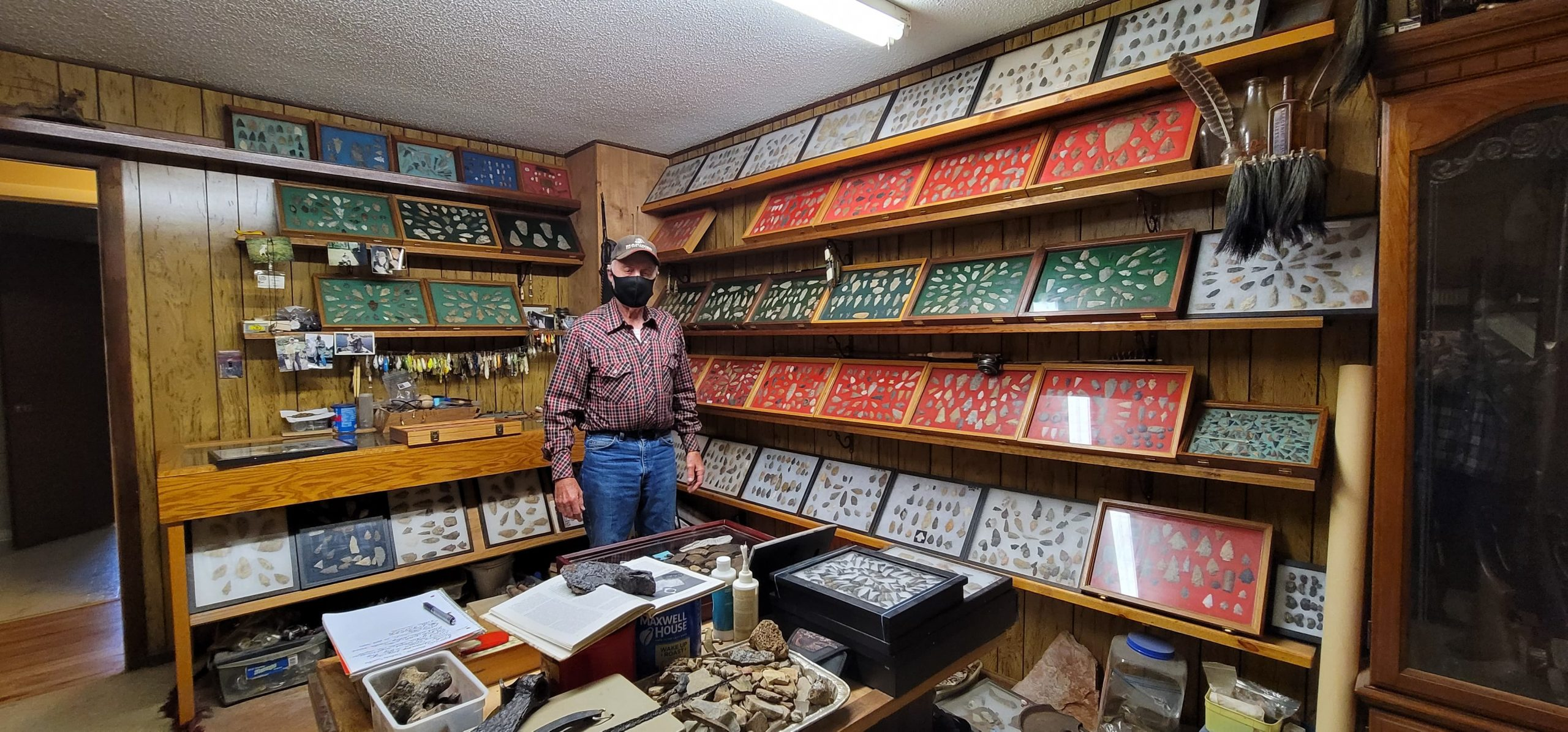 Diggin' up bones of the past: Trussville collector shows off thousands of artifacts