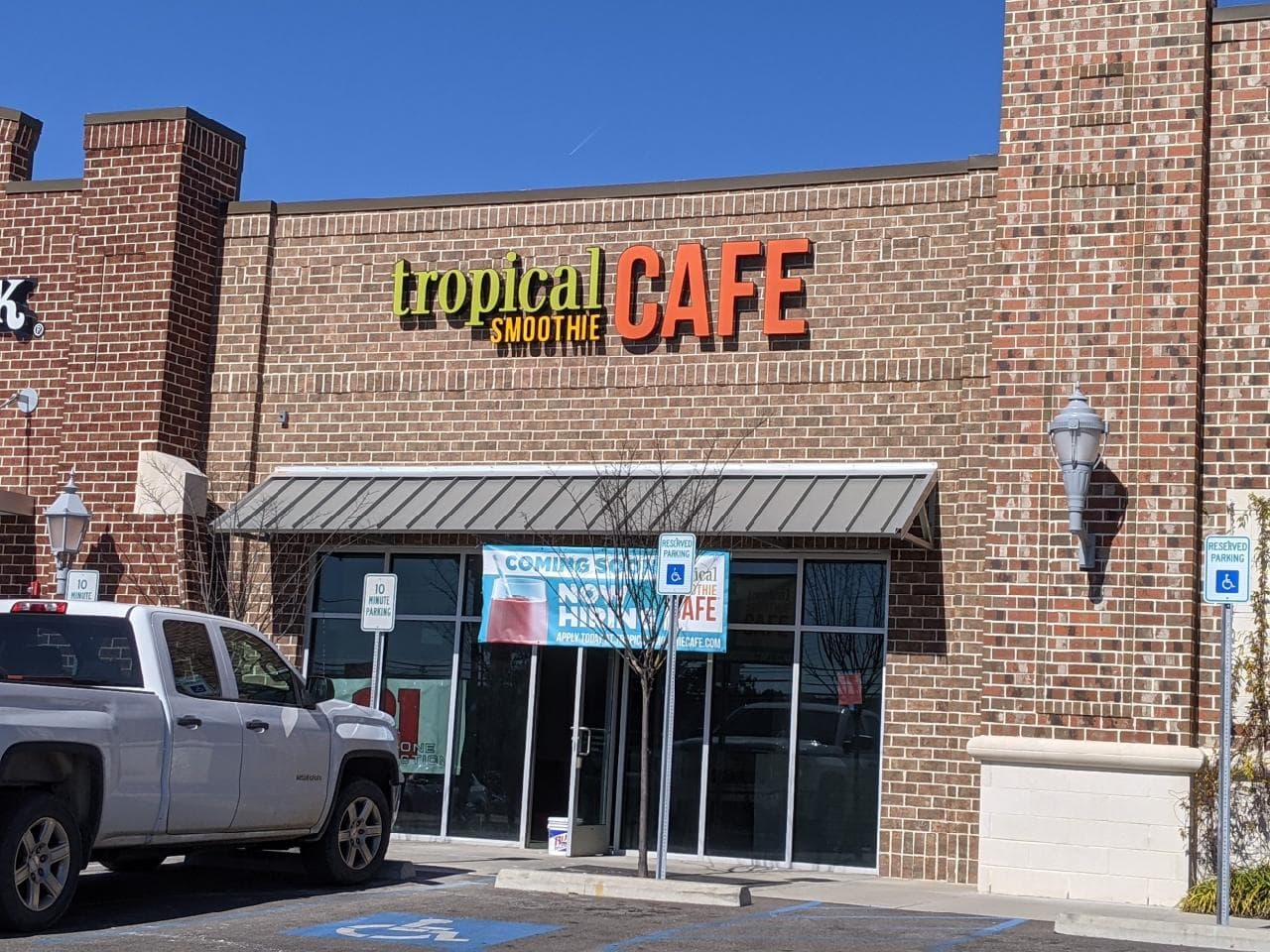 Tropical Smoothie Cafe in Trussville opening soon