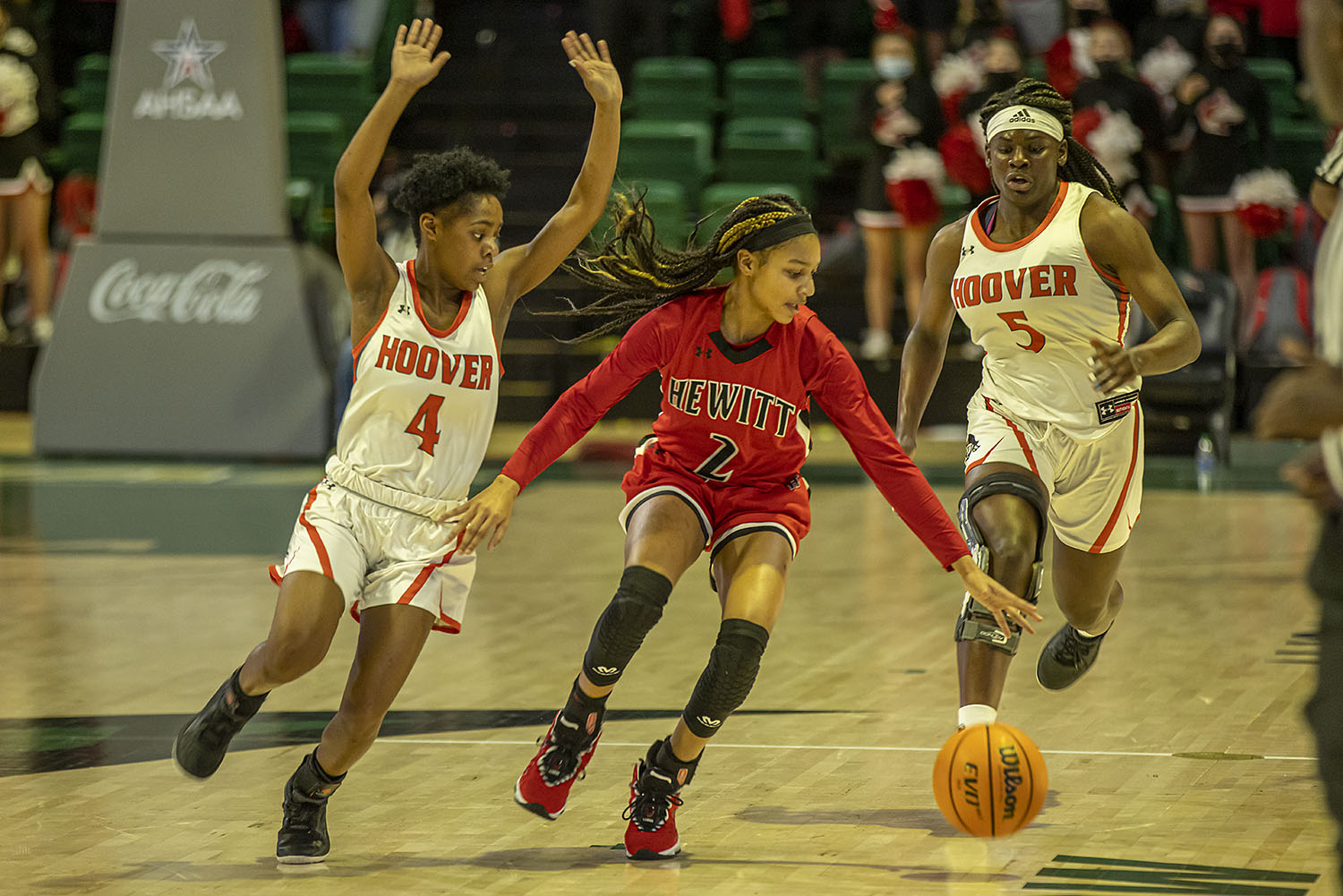 Big 2nd half lifts Hoover past Hewitt in state championship game