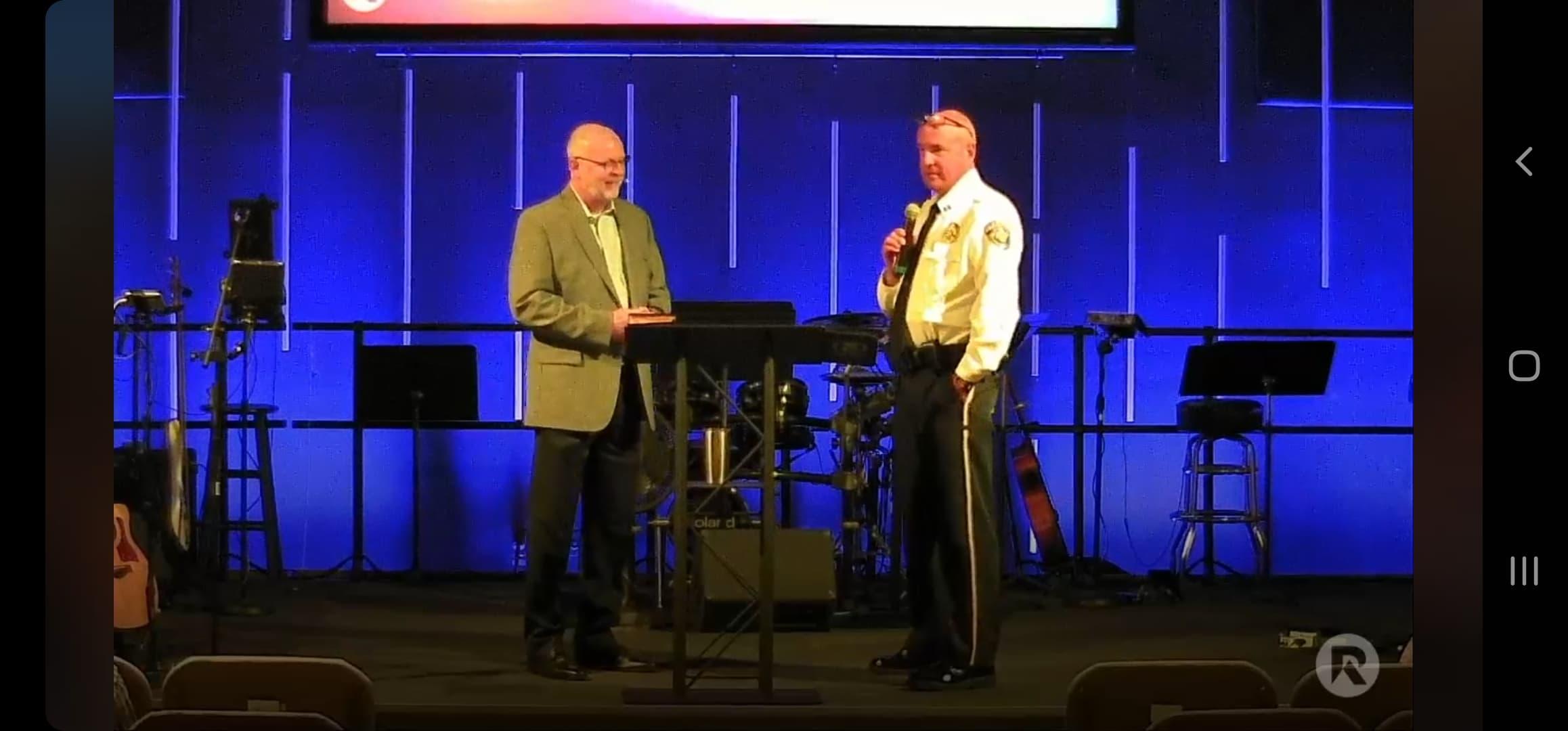 Trussville PD Captain speaks at Ridgecrest Baptist Church