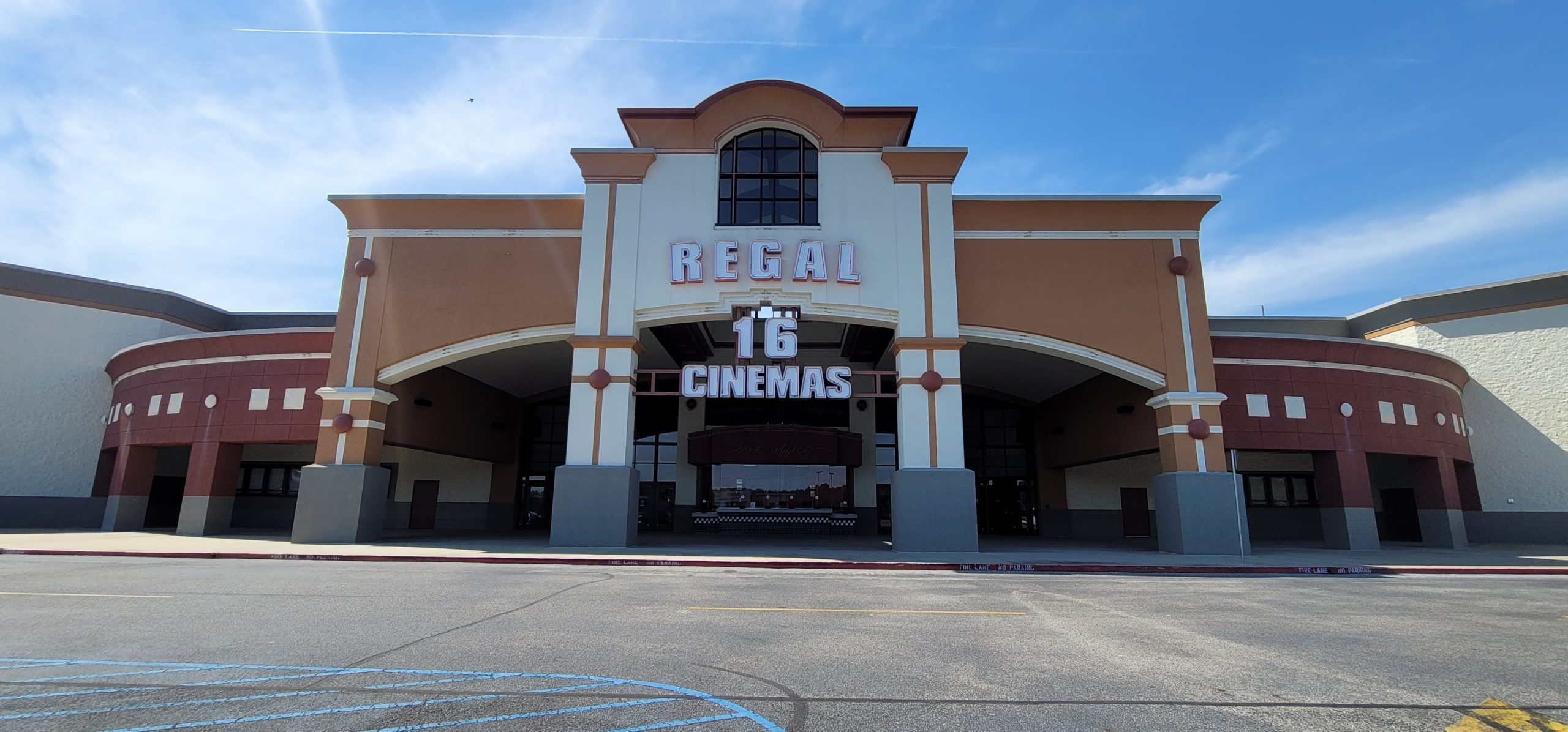 Trussville movie theater reopens after COVID break