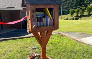 Trussville Rotarians sponsor book nook for housing authority