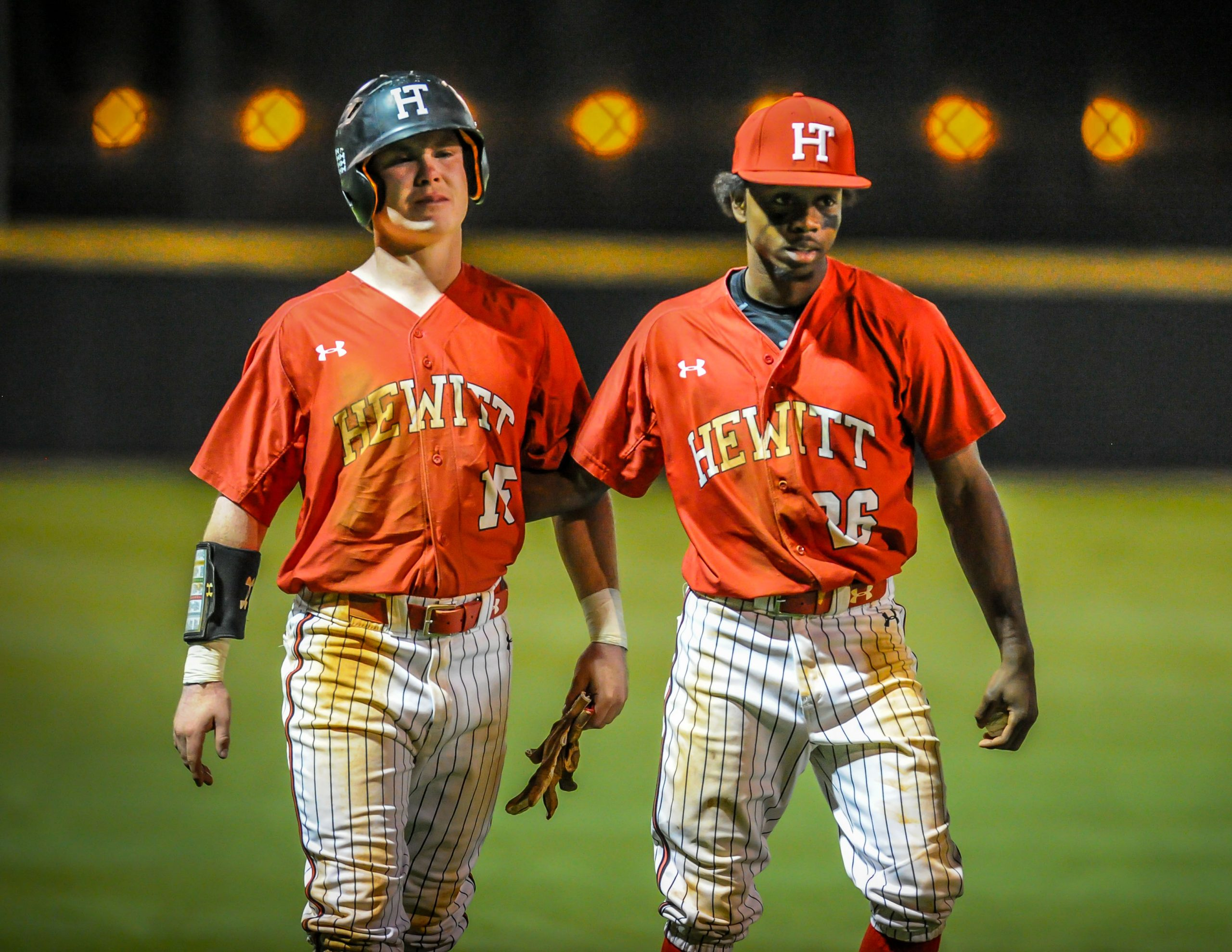 No. 1 Hewitt-Trussville falls twice to Hoover, ends season at 28-6