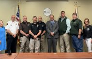 Sheriff Billy Murray speaks at Moody Area Chamber of Commerce luncheon