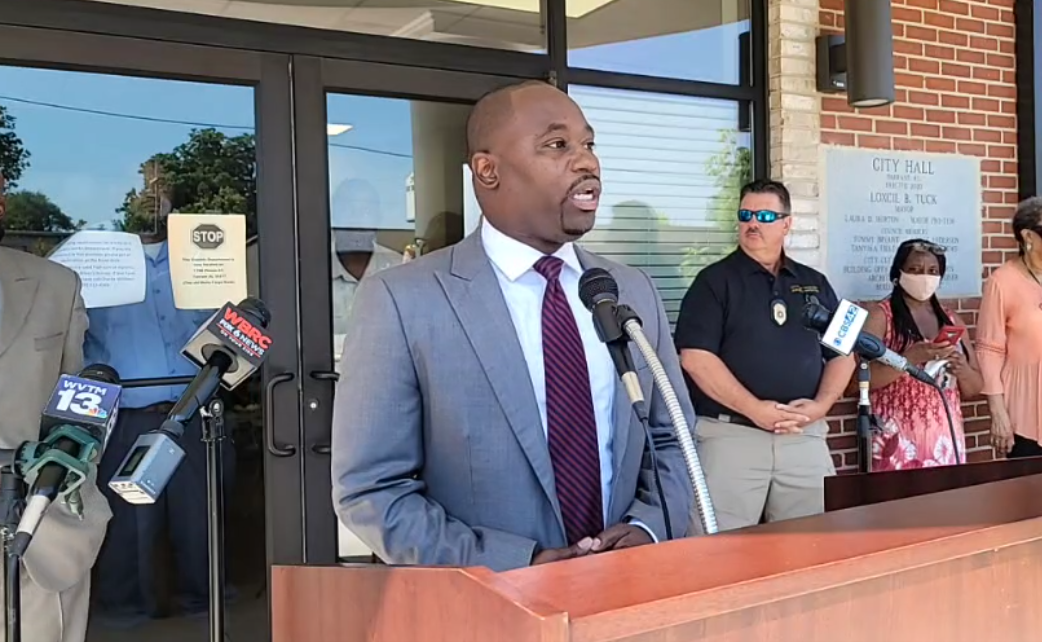 WATCH: Tarrant Mayor Wayman Newton addresses his assault charge
