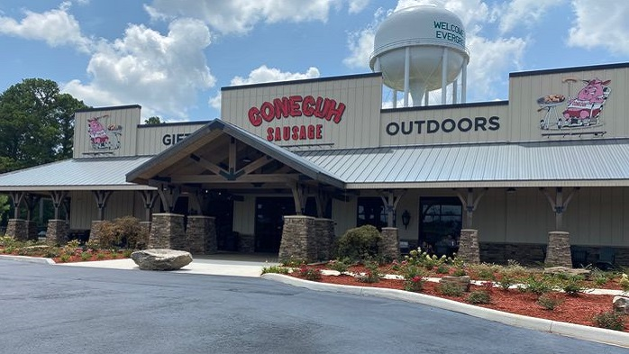 New Conecuh Sausage retail location is hog heaven