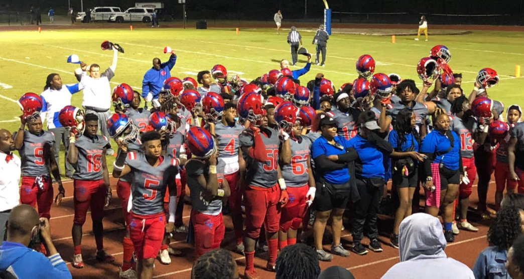 Center Point survives second-half comeback by Anniston