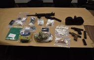JeffCo deputies seize drugs and guns in Thursday raid