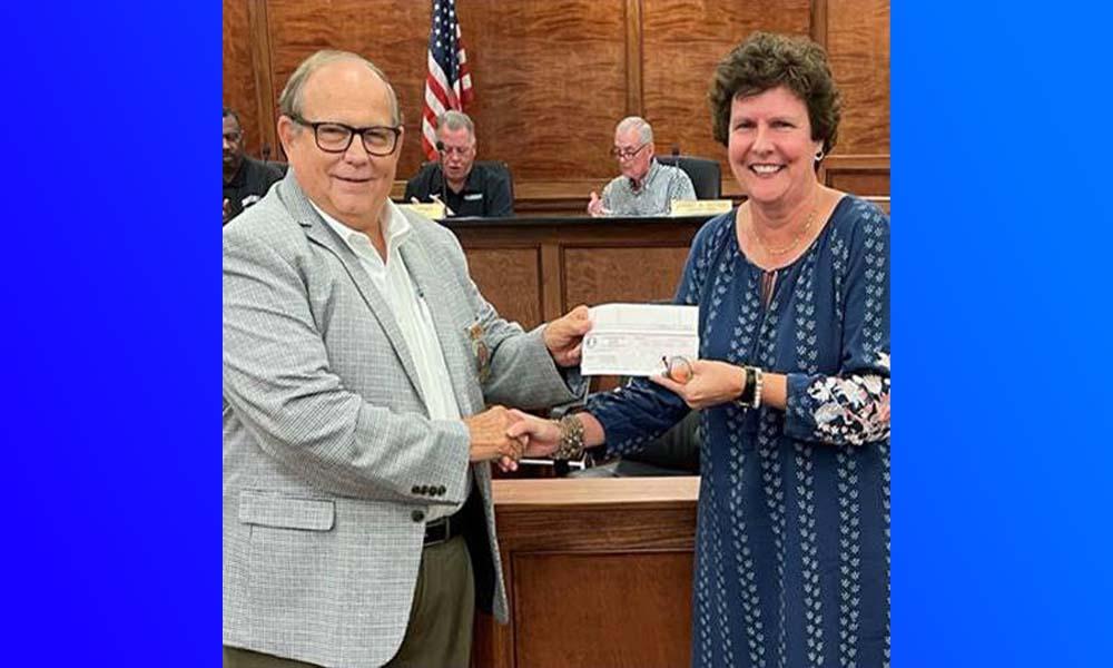 Leeds Senior Center receives ten thousand dollars